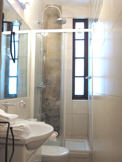 Paris apartment's master bathroom